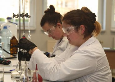 Busy summer vacation for Chemistry students